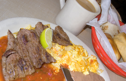 Migas with fajitas